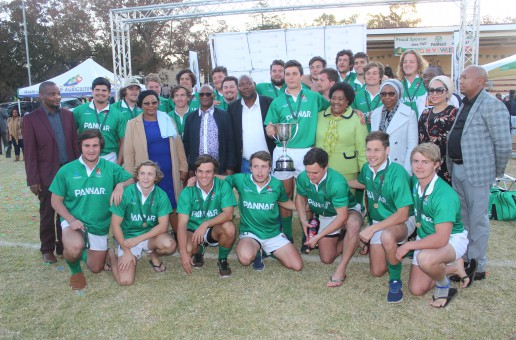 The Honorable Free state Premier and the MEC for Agriculture & Rural Development with the wining Team –  Elsenburg College